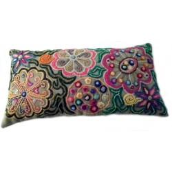 coussin décor floral coloré