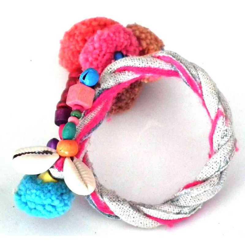 Bracelet pompoms