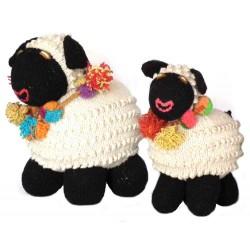 Mouton en laine réalisé au...